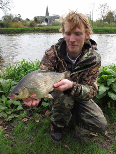 Gary Robinson with a smashing hybrid, River Barrow, Athy, Co. Kildare.