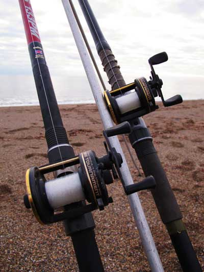Matching Daiwa 7HT's for distance surf casting.