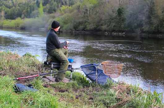 Feeder fishing on the lower River Barrow, Co. Carlow, Ireland.
