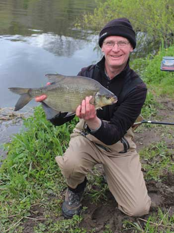 A fine barrow bream for Ashley Hayden tempted by four red maggot on a size 14 hook.